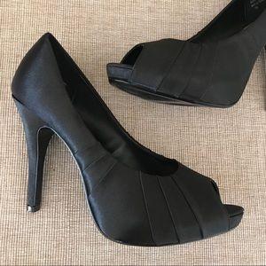LULU TOWNSEND bridal peep toe satin 5 inch heel
